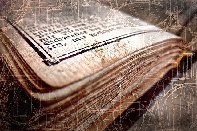 book-2191521_640