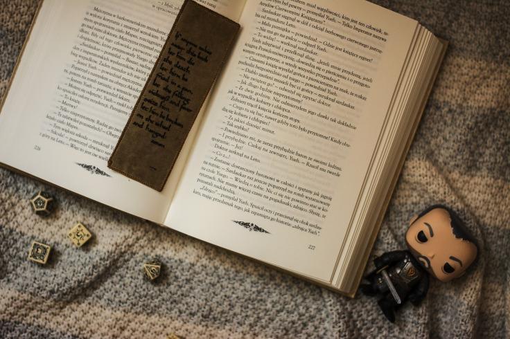 book-2395134_1280.jpg